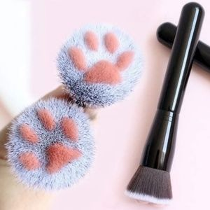 Kitty Paw Makeup Brush